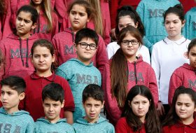 Bir okulda 33 ikiz ve 1 üçüz